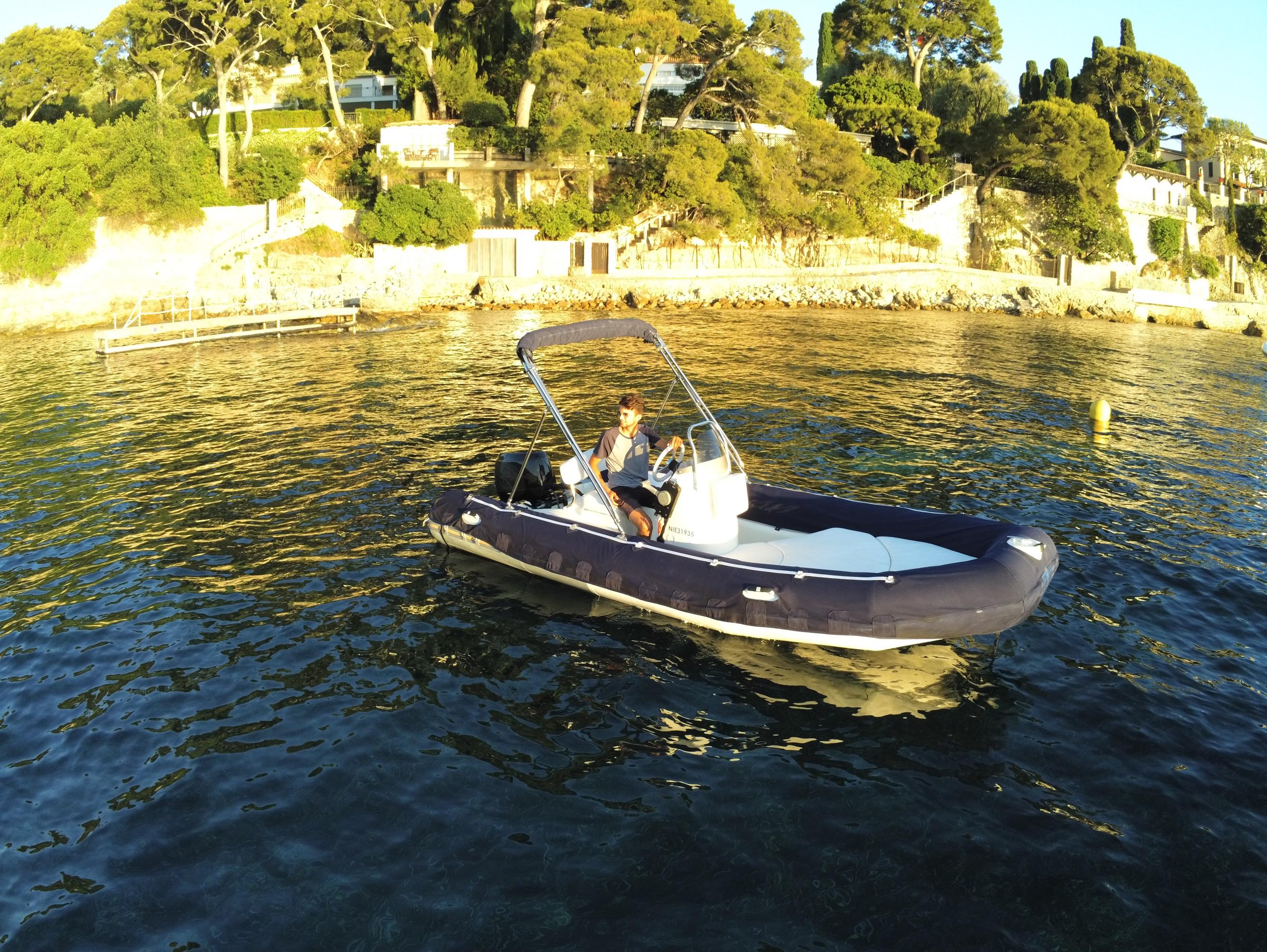 Location Bateaux C$ote d'Azur - Medline 500